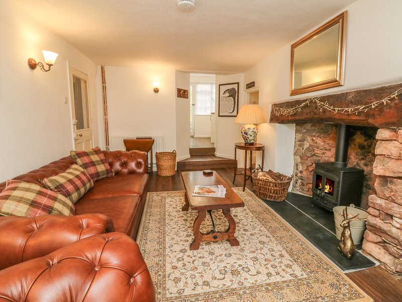 COBBLES, Woodburner, WiFi, Dunster, vacation rental in Luxborough