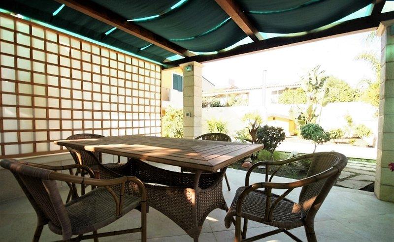 Villa Verdemare - Appartamento Zaffiro, holiday rental in Reitani
