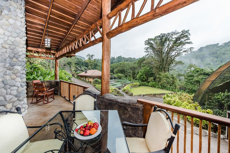 Villa Lago at Peace Lodge and La Paz Waterfall Gardens – semesterbostad i Poas Volcano National Park