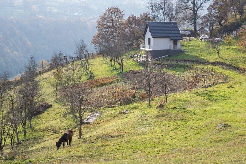 trekking , farm stay, village, North Montenegro,Bjelasica, Bijelo Polje hiking, alquiler vacacional en Kolasin Municipality