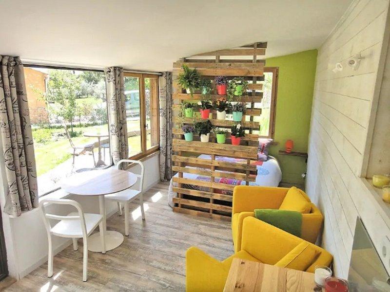 LA SERRE - Logement Ecologique, vacation rental in Allemagne en Provence