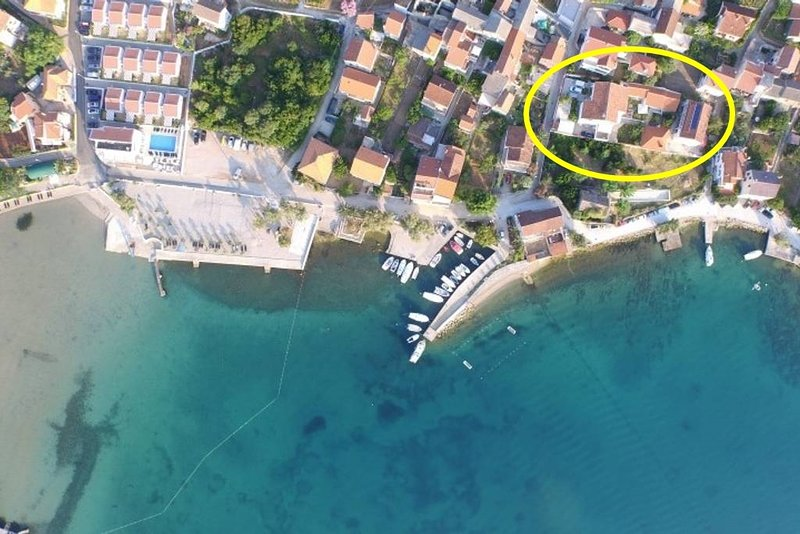 Apartment 4568-5 for 4 Pers. in Preko, holiday rental in Polvljana