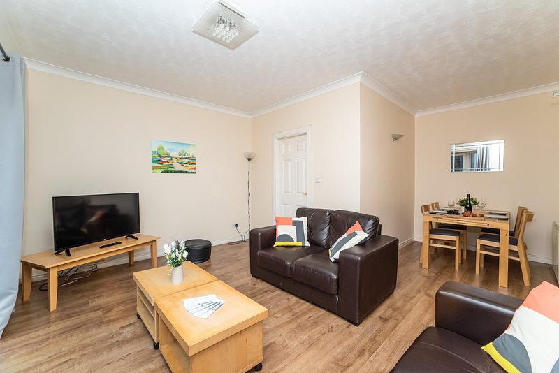 Lovely City Centre Flat 17 near Quayside - Free Parking, holiday rental in Tyne and Wear