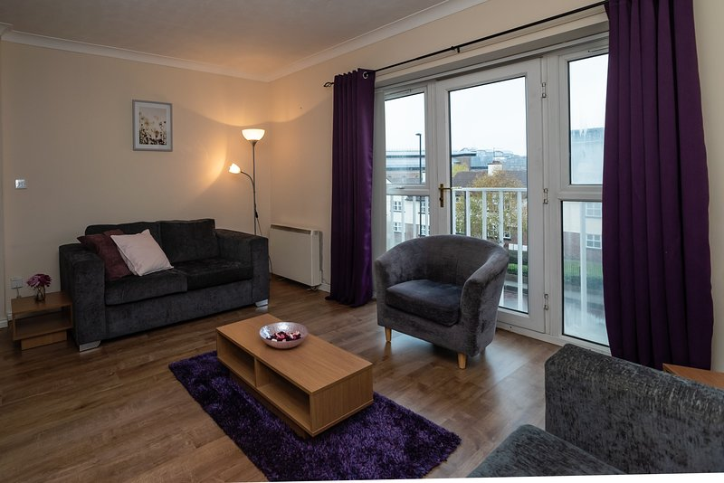 Beautiful Central Flat 14 near Quayside - Free Parking, vacation rental in Newcastle upon Tyne