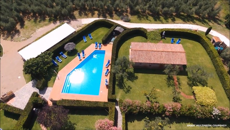 Poderecampialmare. Casa 'PESCO' 4 pax, big private garden, POOL, carpark, vacation rental in Castagneto Carducci