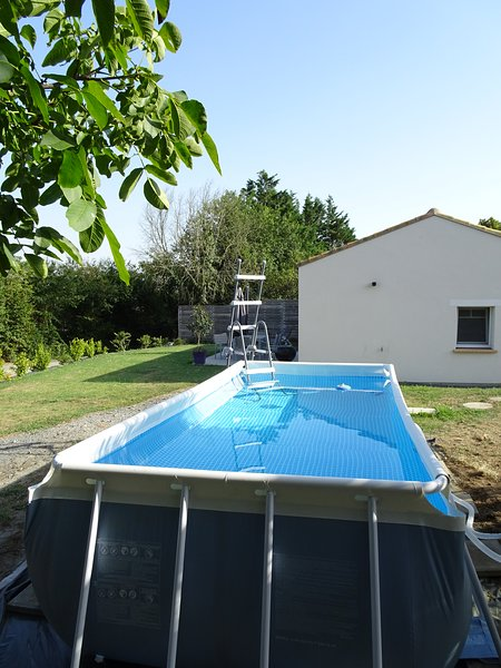 Gîte OAZIA Saint Viaud Piscine Privée 4 personnes, holiday rental in Saint Viaud