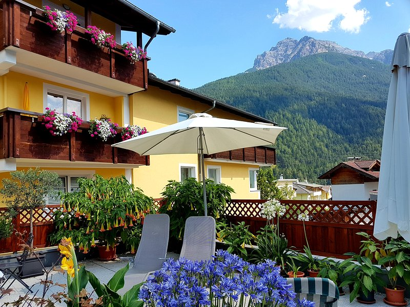 Apartment Alber ****, Stubai-Fulpmes: Staying at home on holiday Chalet in Fulpmes