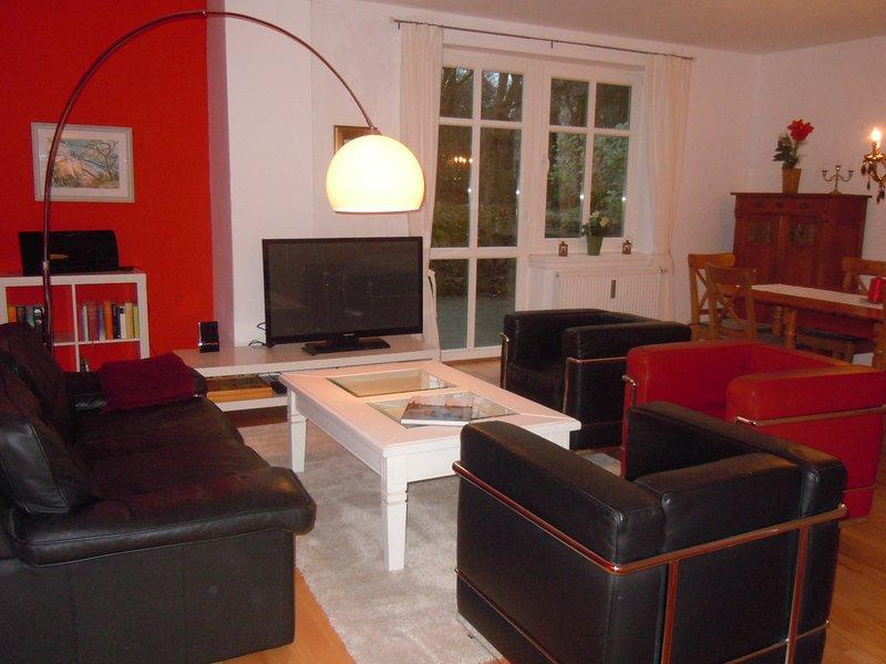 Wohnung 'Villa Alt-Rahlstedt' - 20 Min. zum Hauptbahnhof/City Hamburg, vacation rental in Hamburg