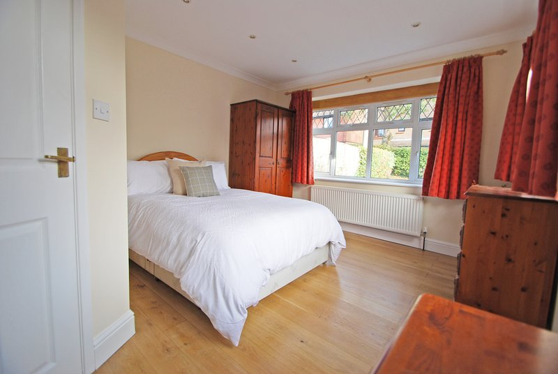 Comfy annex minutes walk from Battle High St, holiday rental in Battle