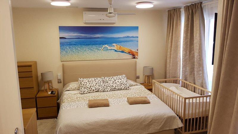 Cozy apartment in Gava, holiday rental in Gava