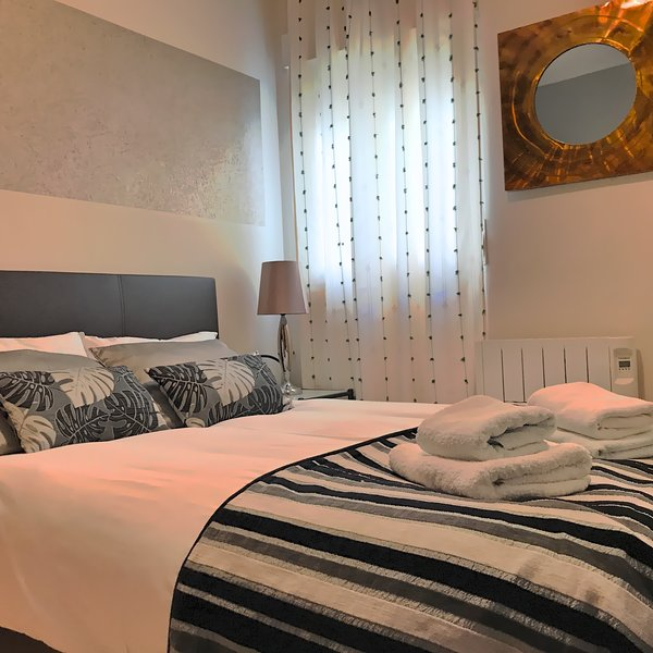 APARTAMENTO 8 PERSONAS EN BAEZA, vacation rental in Torres
