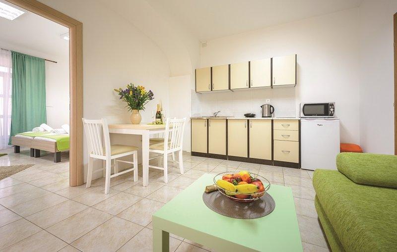 Kitchen, table