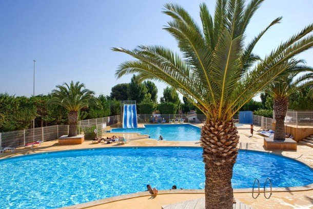 Nice property with shared pool, holiday rental in Mireval