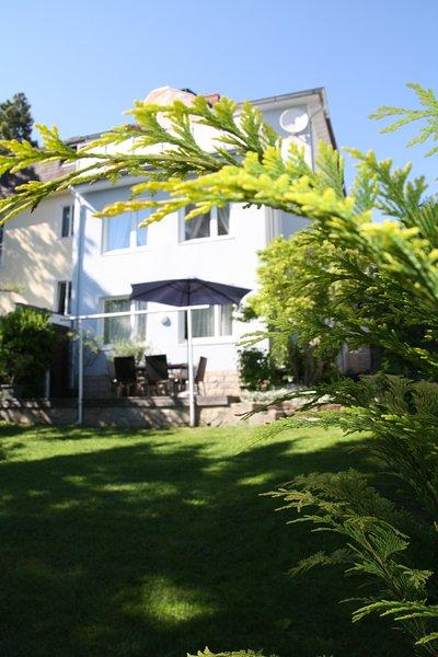 Haus Apricum - 2 Wohneinheiten, Terrasse, Garten, vacation rental in Vienna