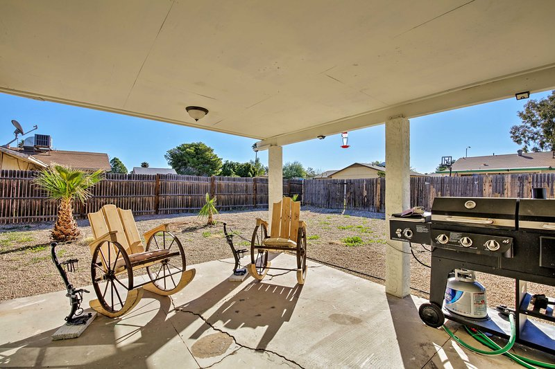 Central Home w/Home Office + Patio, 3 Mi to Golf!, vacation rental in Arizona City