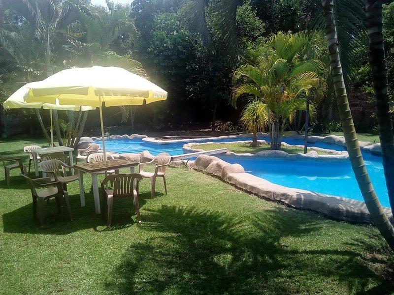 Renta casa fin de semana vacacional cocoyoc cerca for Alquiler de casa con piscina en sevilla fin de semana