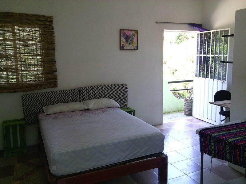 Casaverde- Room 5 (w/ private bathroom), vacation rental in Puerto Escondido