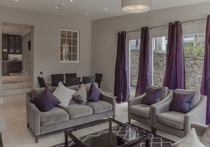 The Grand Residence * The West End, vacation rental in Edinburgh