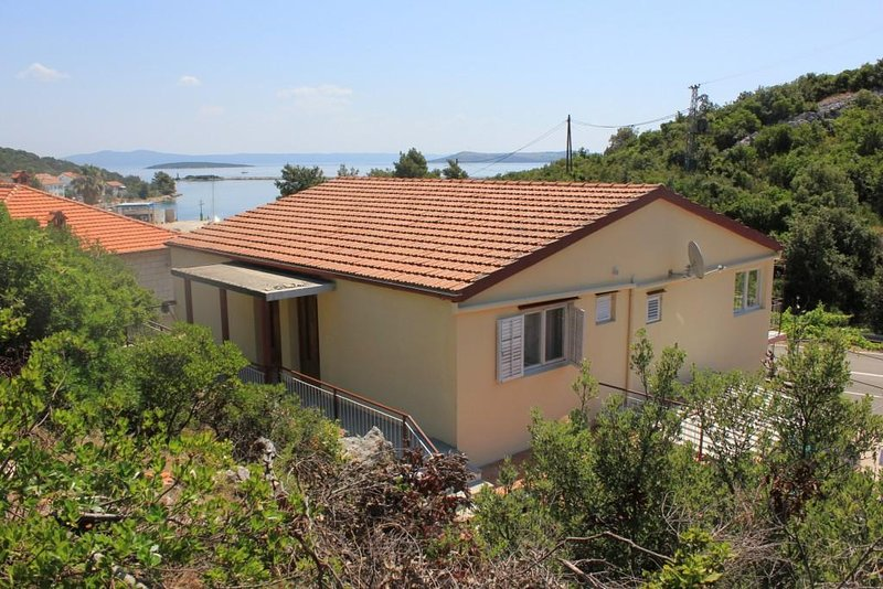 One bedroom apartment Zaglav, Dugi otok (A-8145-a), holiday rental in Luka