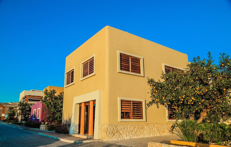 Your Home in Tyre Incredible Atmosphere and Views, casa vacanza a Arnoun