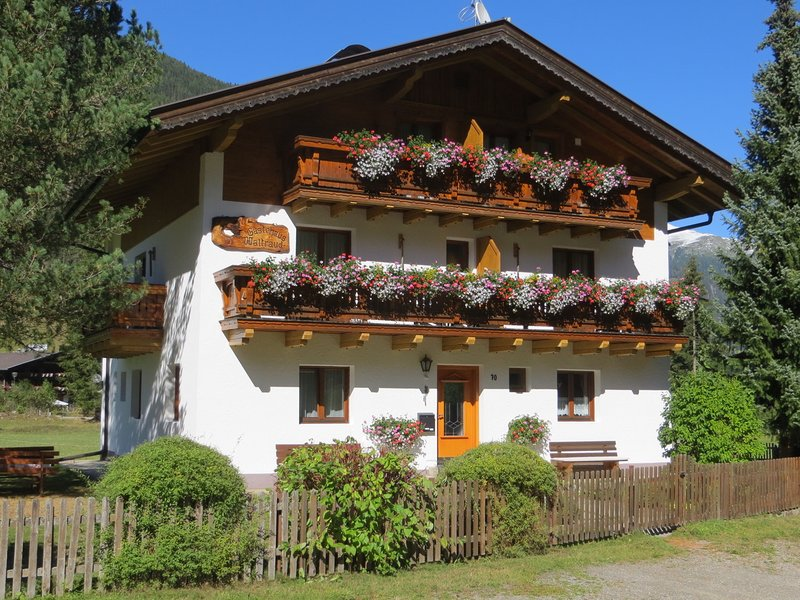 House Waltraud in Tyrol for rent - 7 Bedrooms, 7 Bathrooms, 4 Kitchens, Garden, vacation rental in Valle di Casies
