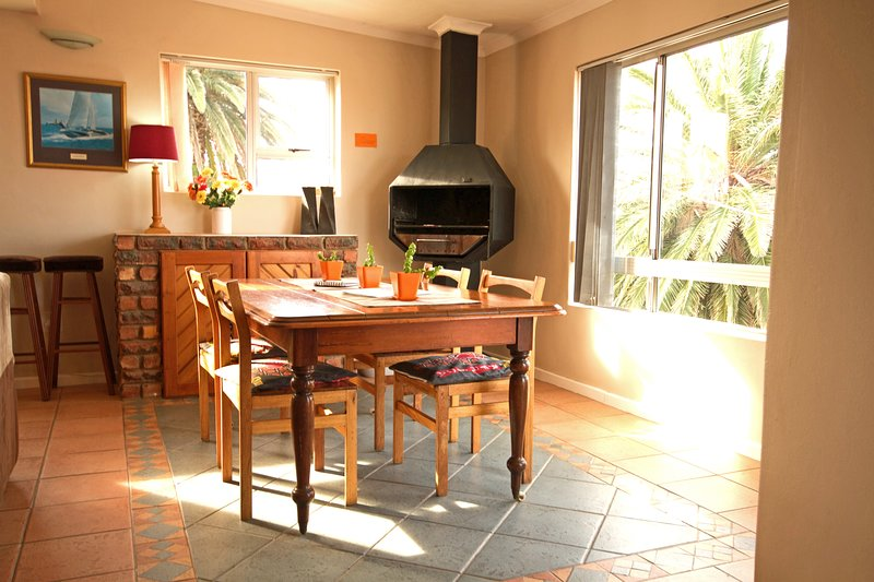 Dining/ braai area, perfect place to enjoy a good meal and share the daily holiday adventures.