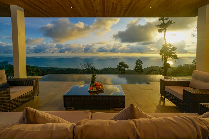 Hermosa Retreat 5.0 Incredible Ocean Views, location de vacances à Uvita