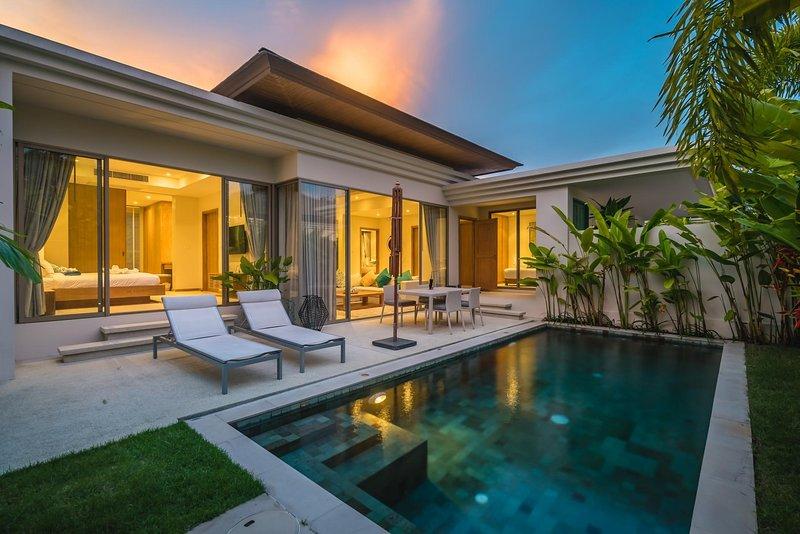 Trichada 18 - Private pool modern 3 bedroom villa, casa vacanza a Si Sunthon