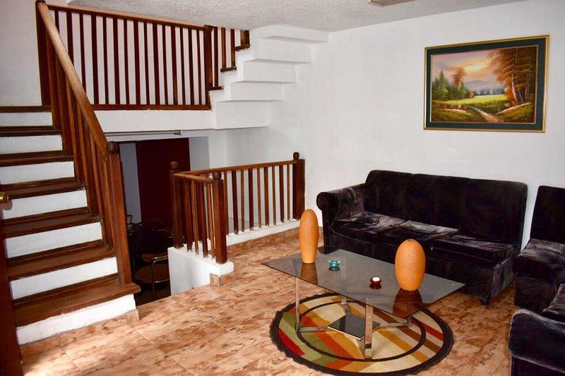 Beautiful Apartament in Quito near movie theater 8 y medio, vacation rental in Quito