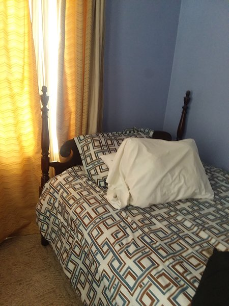 Cozy relaxing room available for you!, vacation rental in Frankenmuth