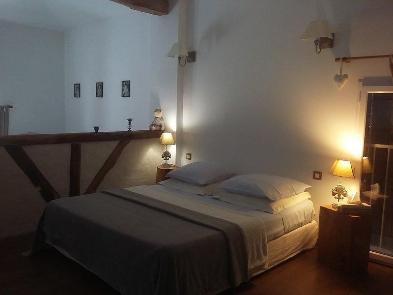Suite le Pigeonnier, maison d'hôtes de charme La Fréjade, location de vacances à Rabastens
