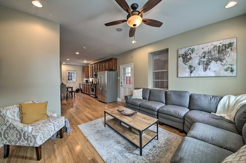 Explore the best of St. Louis from this vacation rental home!
