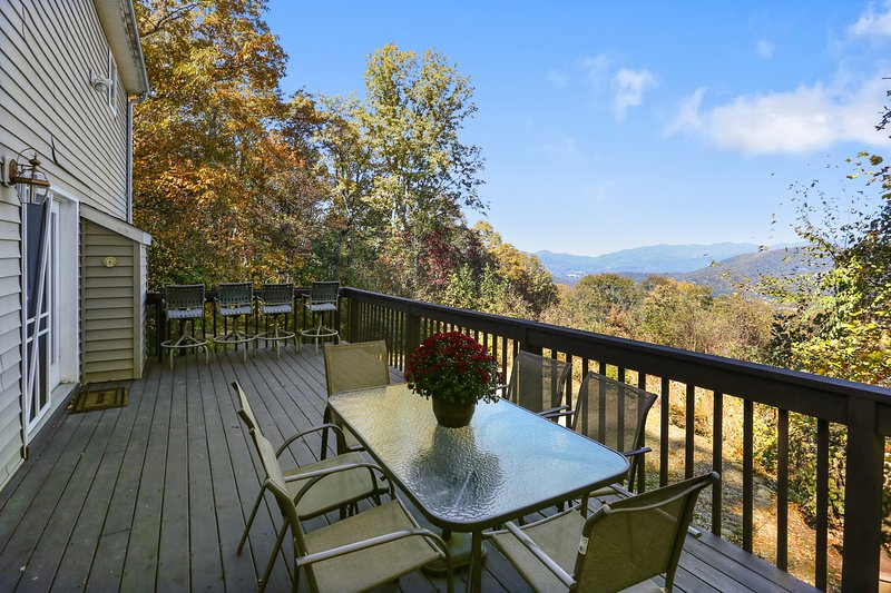 Enjoy drinking and dining on the deck.