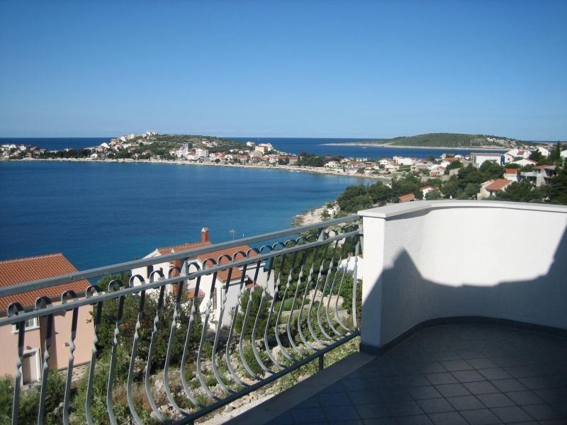 Mil A1(4+1) - Sevid, vacation rental in Sevid
