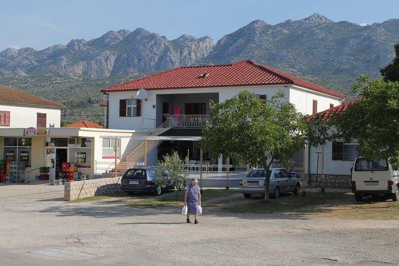 Two bedroom apartment Seline, Paklenica (A-6628-a), alquiler vacacional en Seline