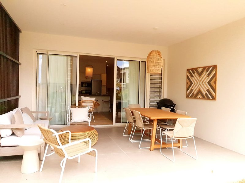 O`Biches  4 Bedrooms Connecting Apartment, holiday rental in Trou aux Biches