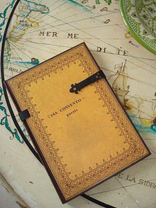 ¡Recuerde escribir algunas palabras en nuestro libro de visitas!