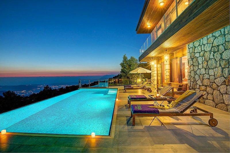Islamlar Villa Sleeps 8 with Pool Air Con and WiFi - 5693964, holiday rental in Islamlar
