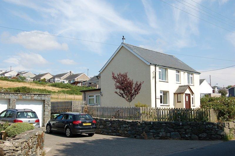TYN Y GROES FAMILY HOLIDAY HOME in Dyffryn Ardudwy, vacation rental in Dyffryn Ardudwy