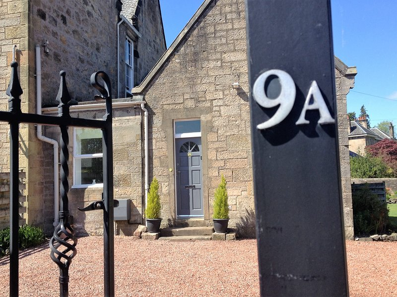 Limegrove Cottage, holiday rental in Stirling