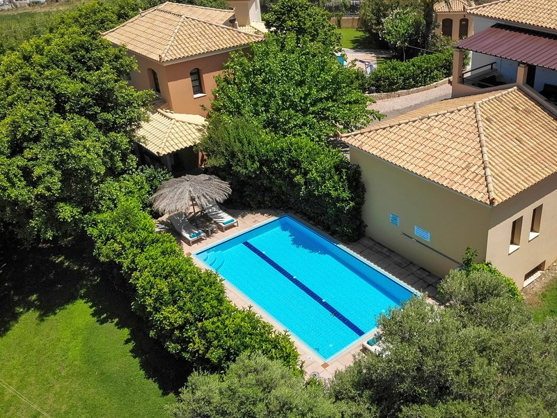 Comfortable,relaxing,private pool, holiday rental in Vlacheronitissa