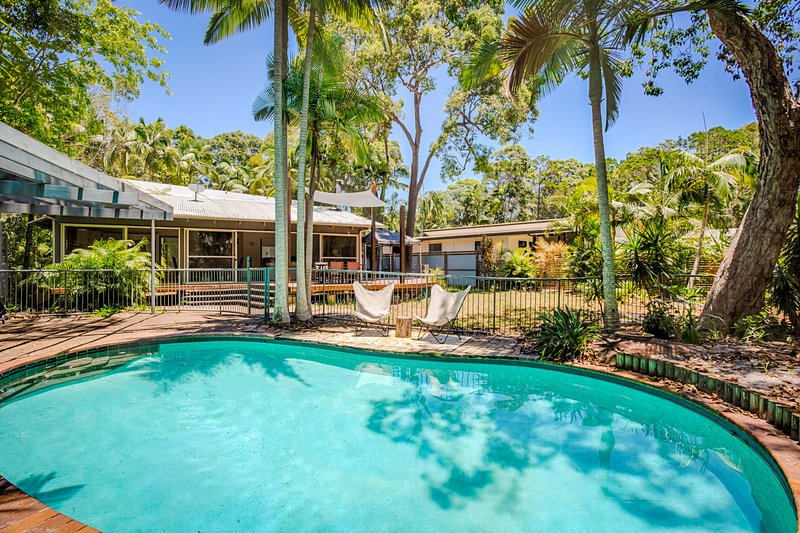 8 Satinwood Drive - Rainbow Shores, vacation rental in Gympie Region