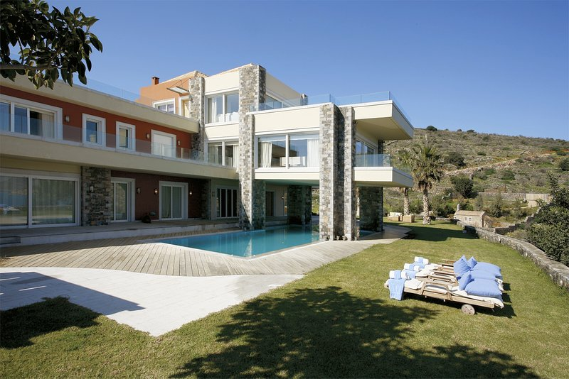 Luxury,superb view,unique location,beach, holiday rental in Agia Paraskevi