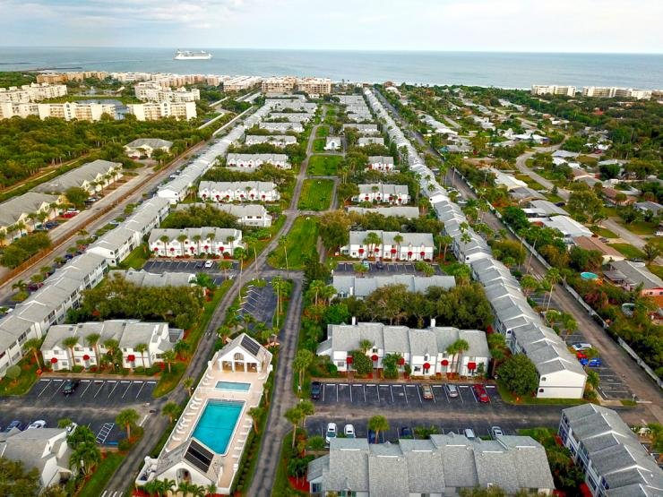 181 Seaport Blvd. :: Cape Canaveral Vacation Rental, vacation rental in Port Canaveral