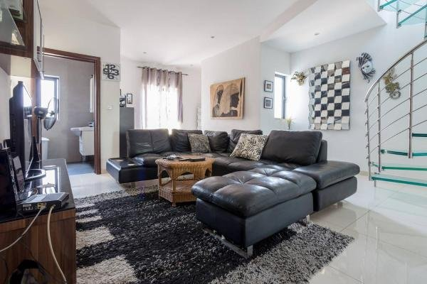 Windsor Duplex Penthouse No 9, holiday rental in Mgarr