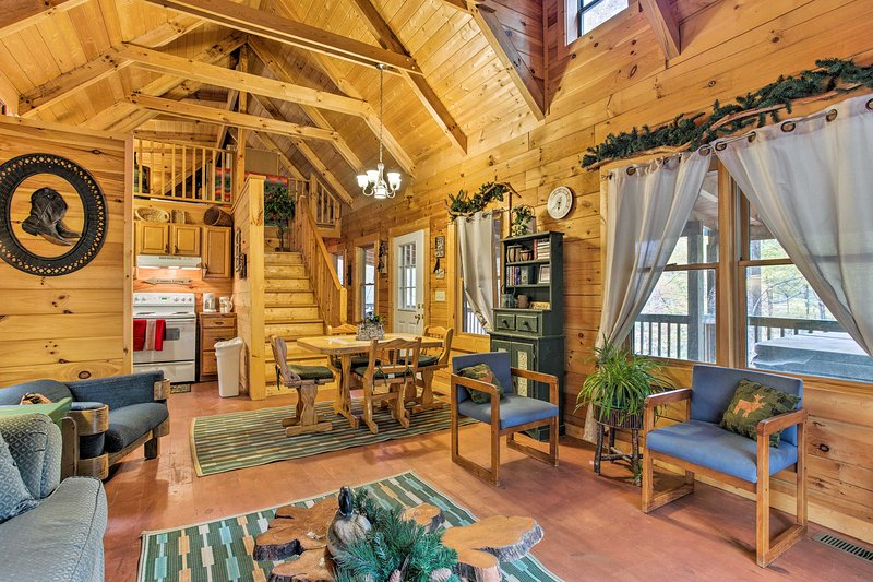 Unwind in this cozy 2-bedroom, 1-bathroom vacation rental cabin in Bryson City.