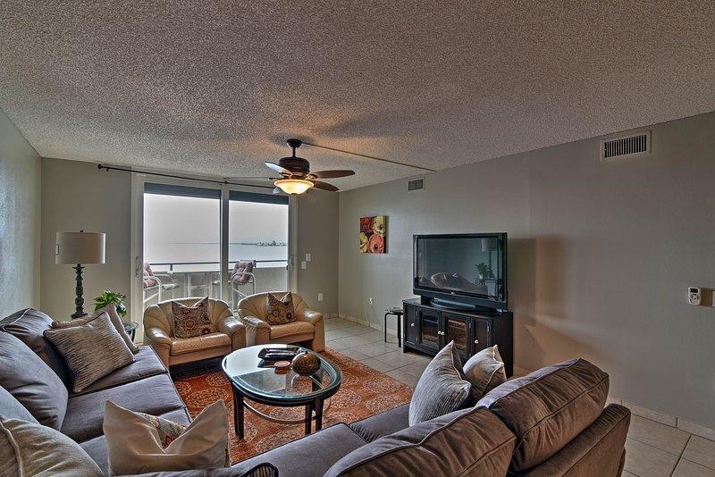 Escape to this Hudson vacation rental condo for a Florida getaway!