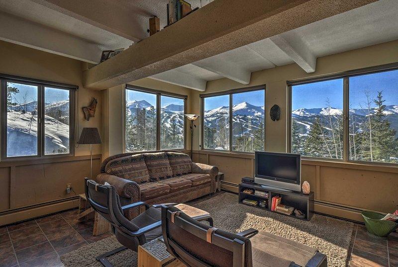 Un rifugio di montagna indimenticabile vi aspetta in questo condominio Breckenridge.