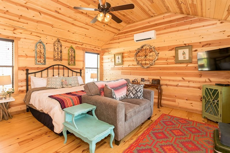 Live Oak Creek Cabins Zac S Cabin Fredericksburg Vacation