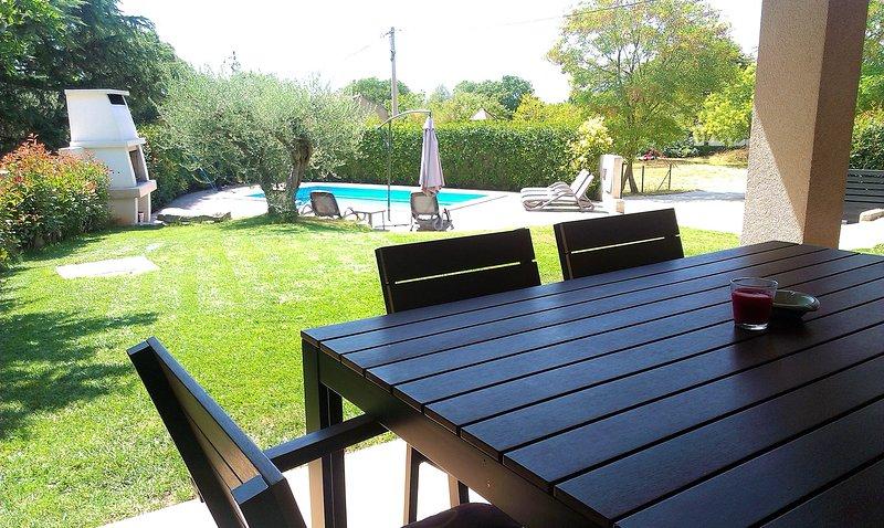 Villa Nina just 3,5 km away from Porec, free WiFi, vacation rental in Porec